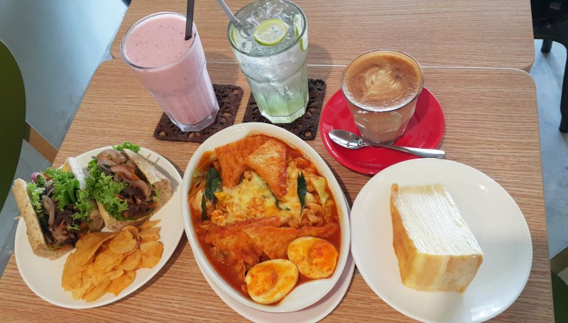 7 Places To Dine in Kuantan, Pahang