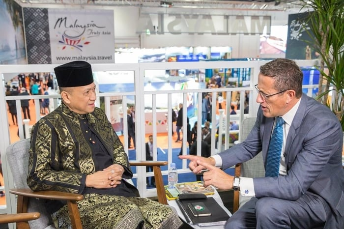 Minister of Tourism Meets CNN's Richard Quest