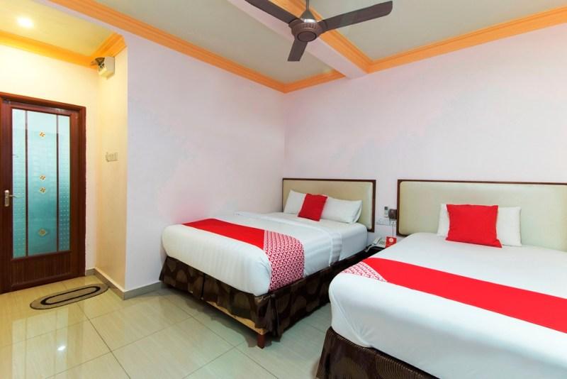 SMC Alam Avenue - Triple Suite