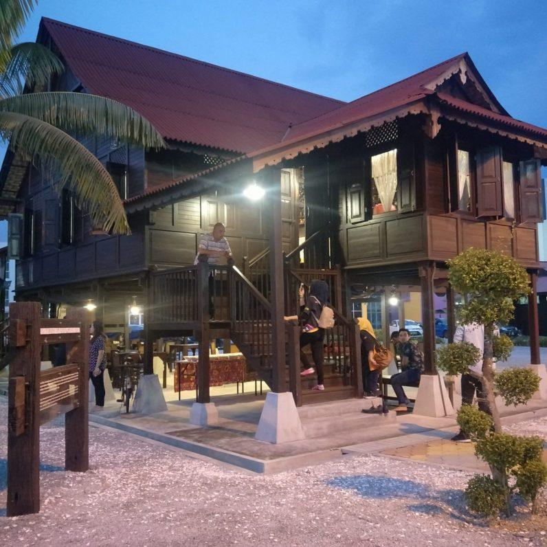 Traditional Malay-house theme