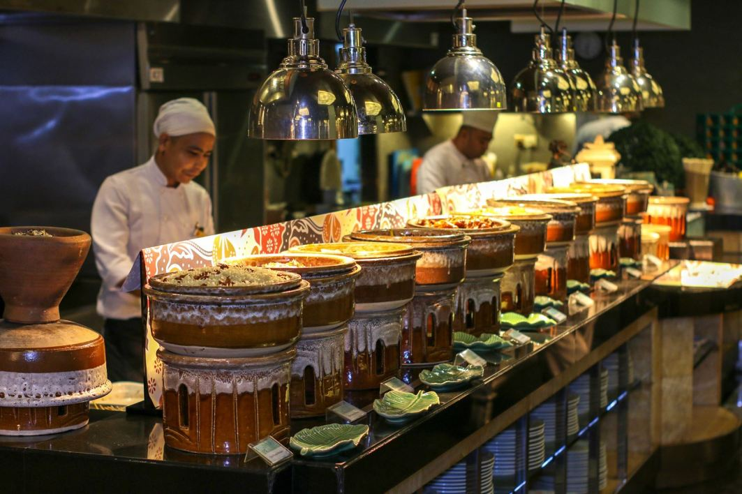 A variety of traditional Malay cuisine.