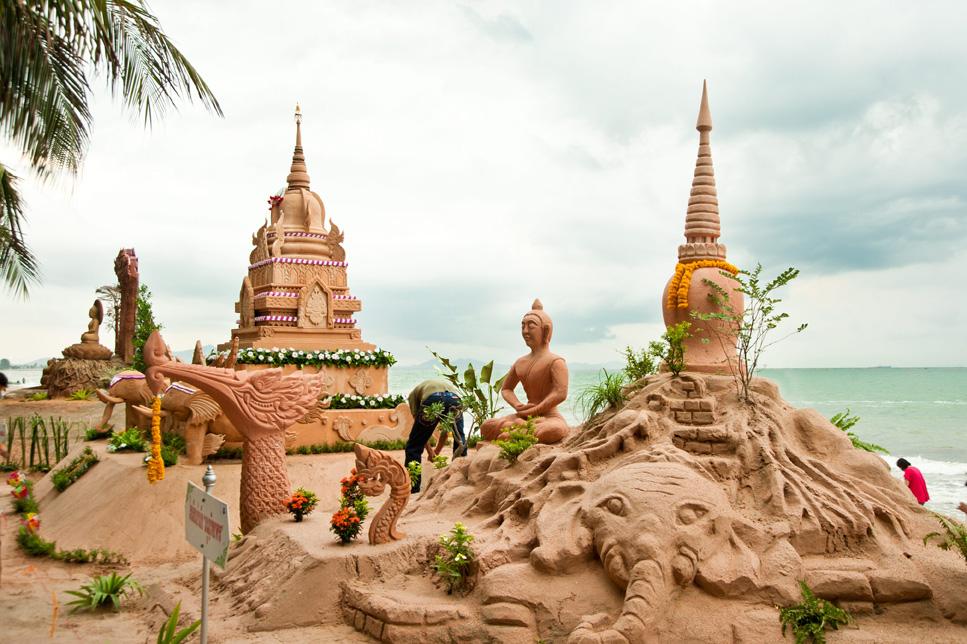 7 Unconventional Ways to Celebrate Songkran in Thailand