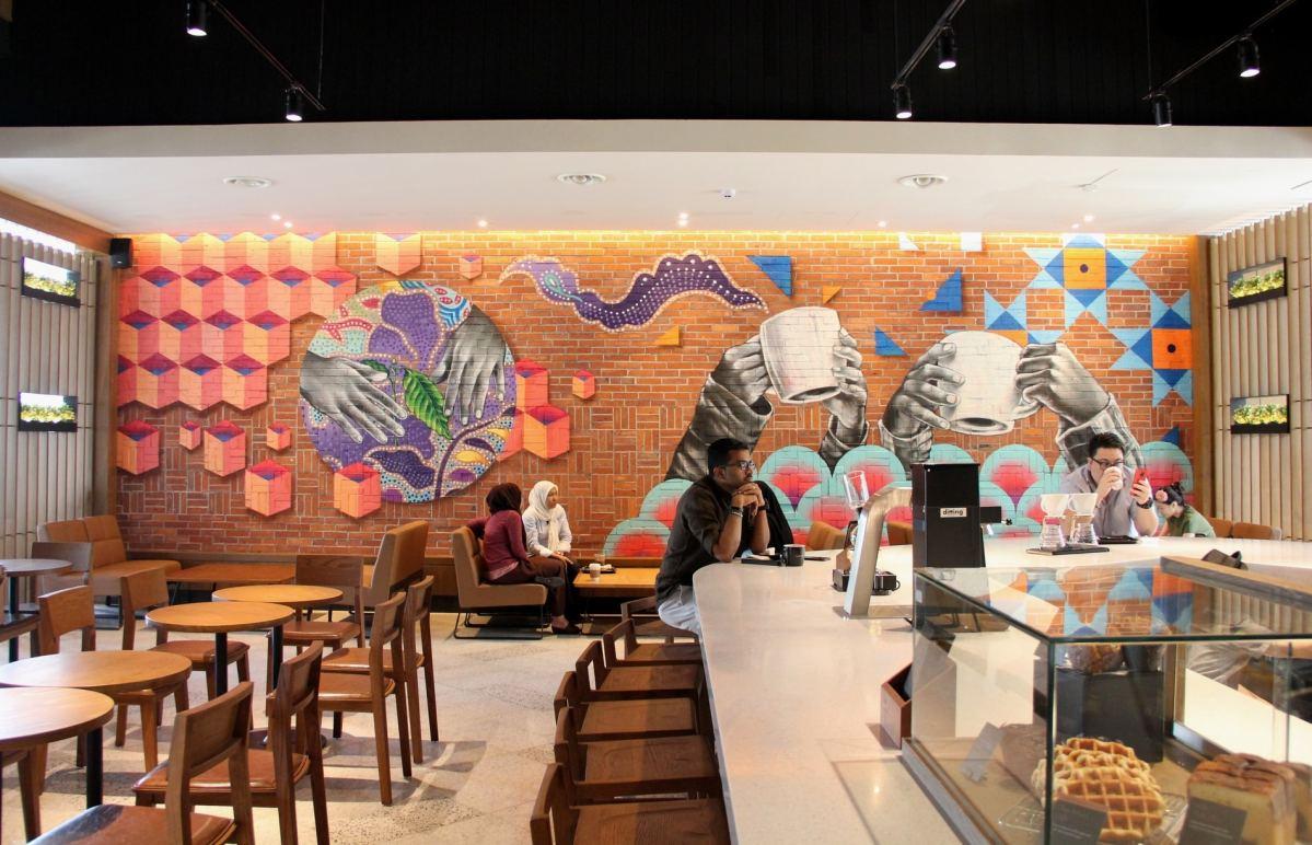 Starbucks Opens the First Ever Reserve™ Drive-Thru in Setia Alam