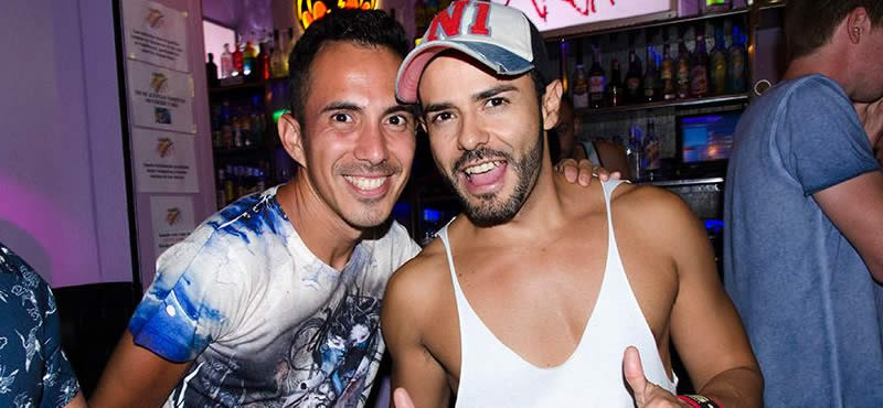 Barcelona gay clubbing