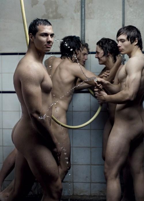 Dieux Du Stade - Rugby Guys Showering