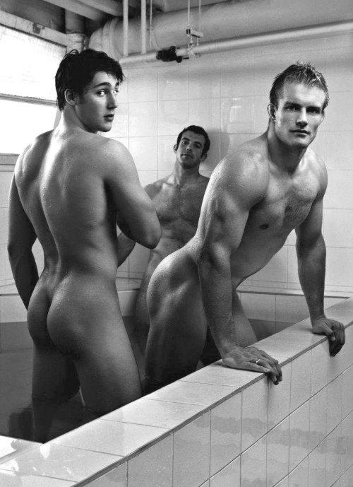 Dieux Du Stade - Rugby Showers