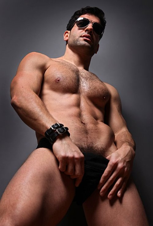 Sam Devries - Hairy Muscle