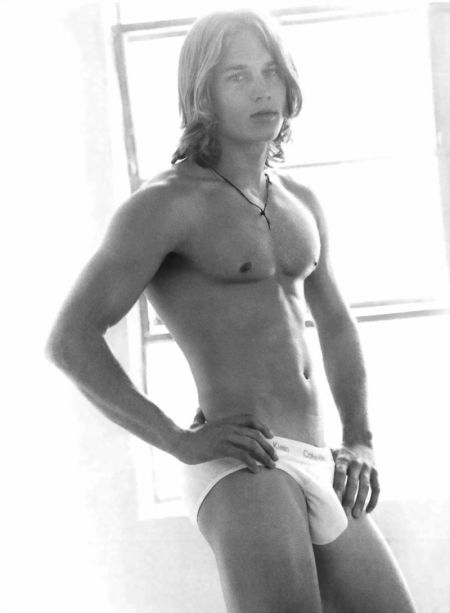 Travis Fimmel - Bulging Briefs