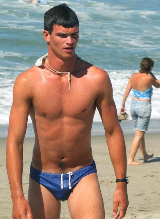 Swimmer Bulge (5)
