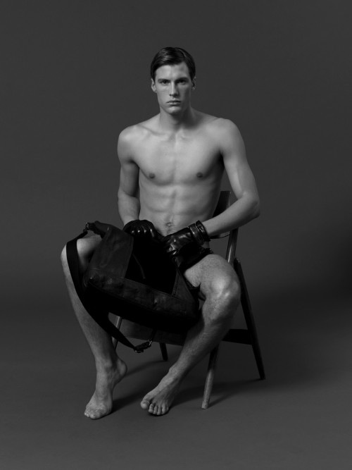 Sexy Male Model Axel Brorson (4)