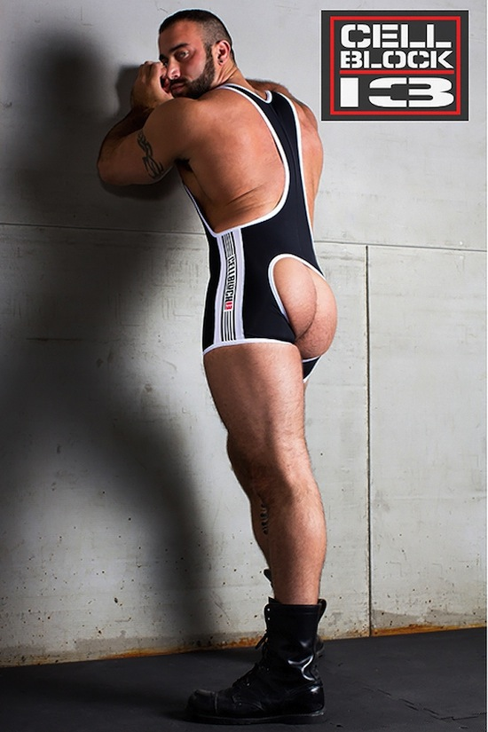 Spencer Reed Goes Mainstream For Timoteo (2)