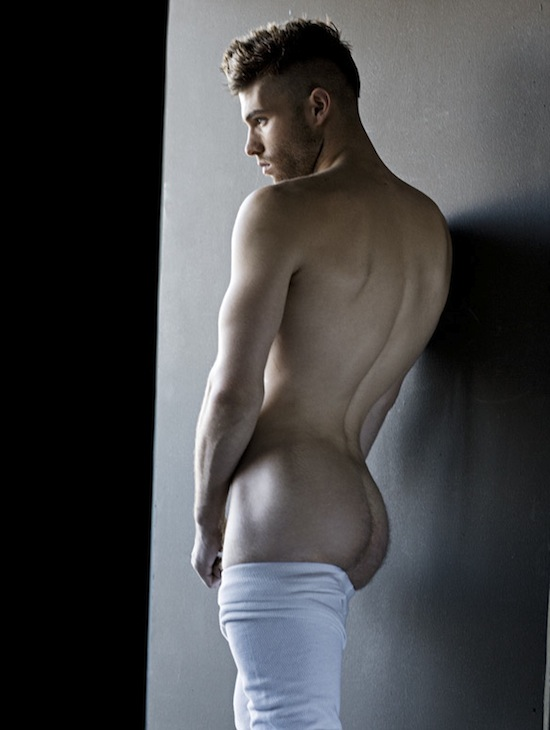 Andrew Skelton Naked - And Hung Too (4)