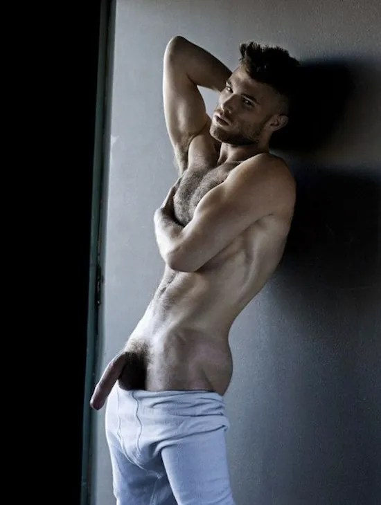 Andrew Skelton Naked - And Hung Too (7)