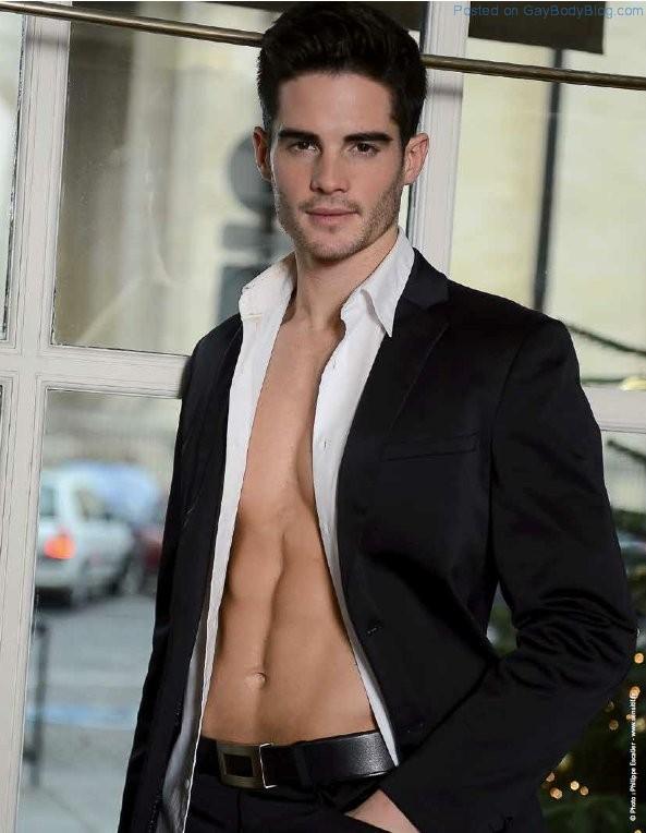 Gorgeous Male Model Fred Jones (5)