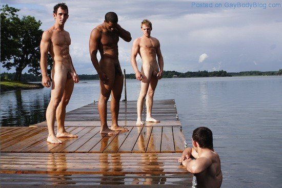 Hot Guys Skinny Dipping (8)