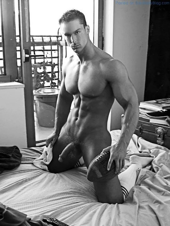 Male Model Trevor Adams Naked (4)