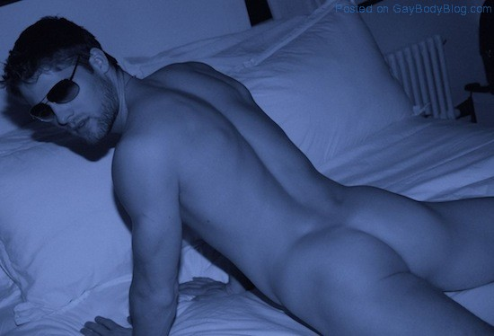 Flashing Some Butt With Sexy Jeff Tomsik (4)