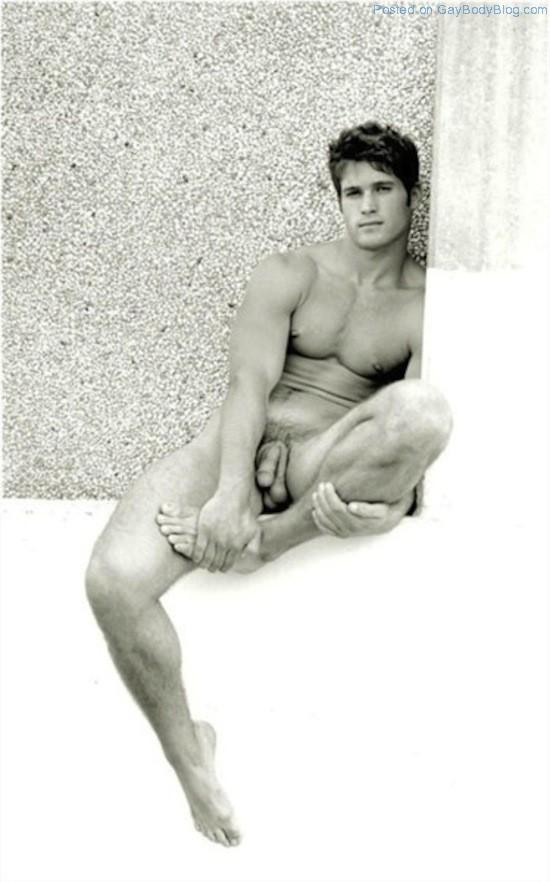 Nude pics of sexy men