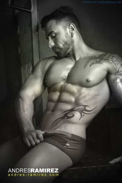 Muscle Hunk Ivan By Andres Ramirez (1)