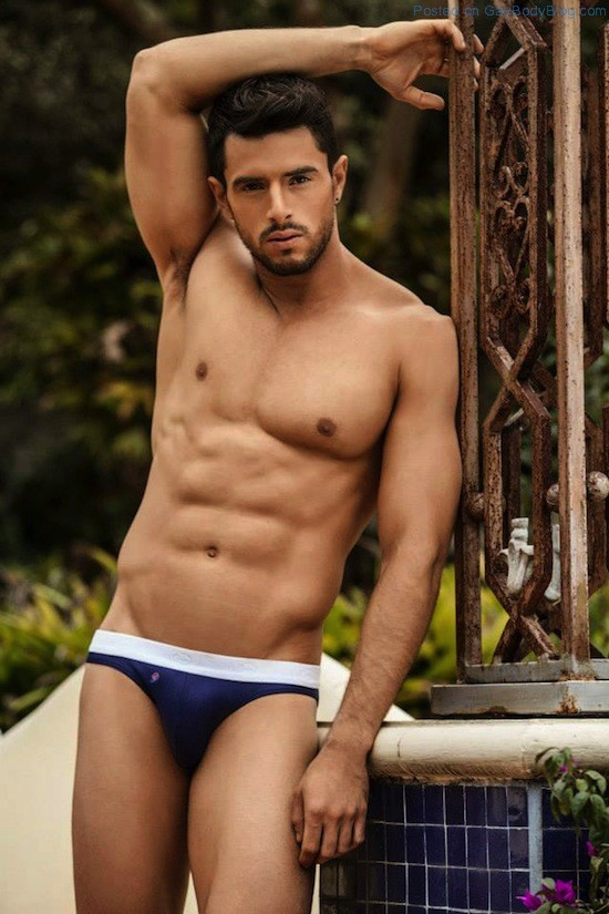 Smooth Muscled Model Felipe Herrera Jiménez (5)