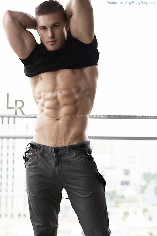 Daniel Rumfelt - Amzing Face, Amazing Body 1