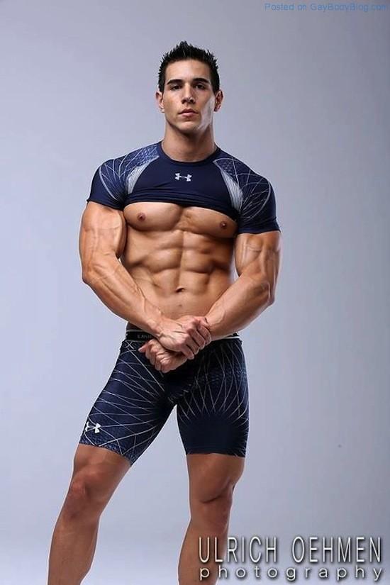 Ripped Muscle Hunk Alan Valdez (8)