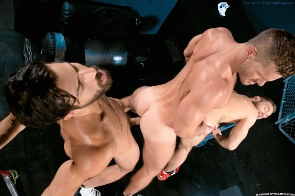 Sporty Muscle Fucking With Landon Conrad, Shawn Wolfe And Adam Ramzi 5
