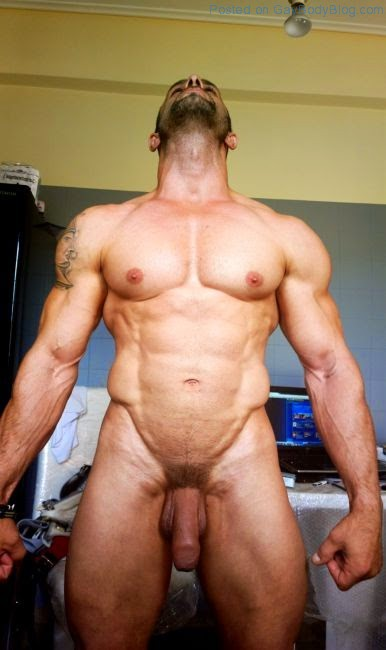 Naked male muscle men