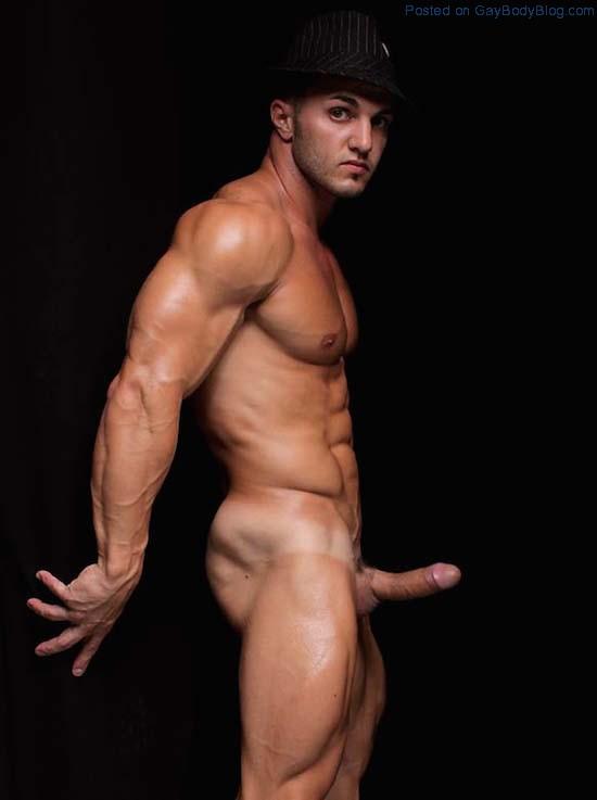 naked-juicy-hunk