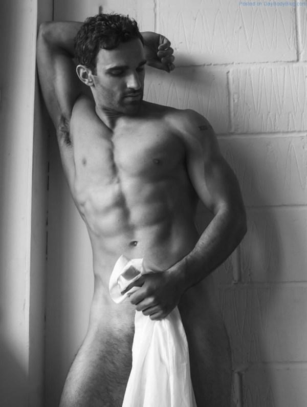 Davood Ghadami Naked 3