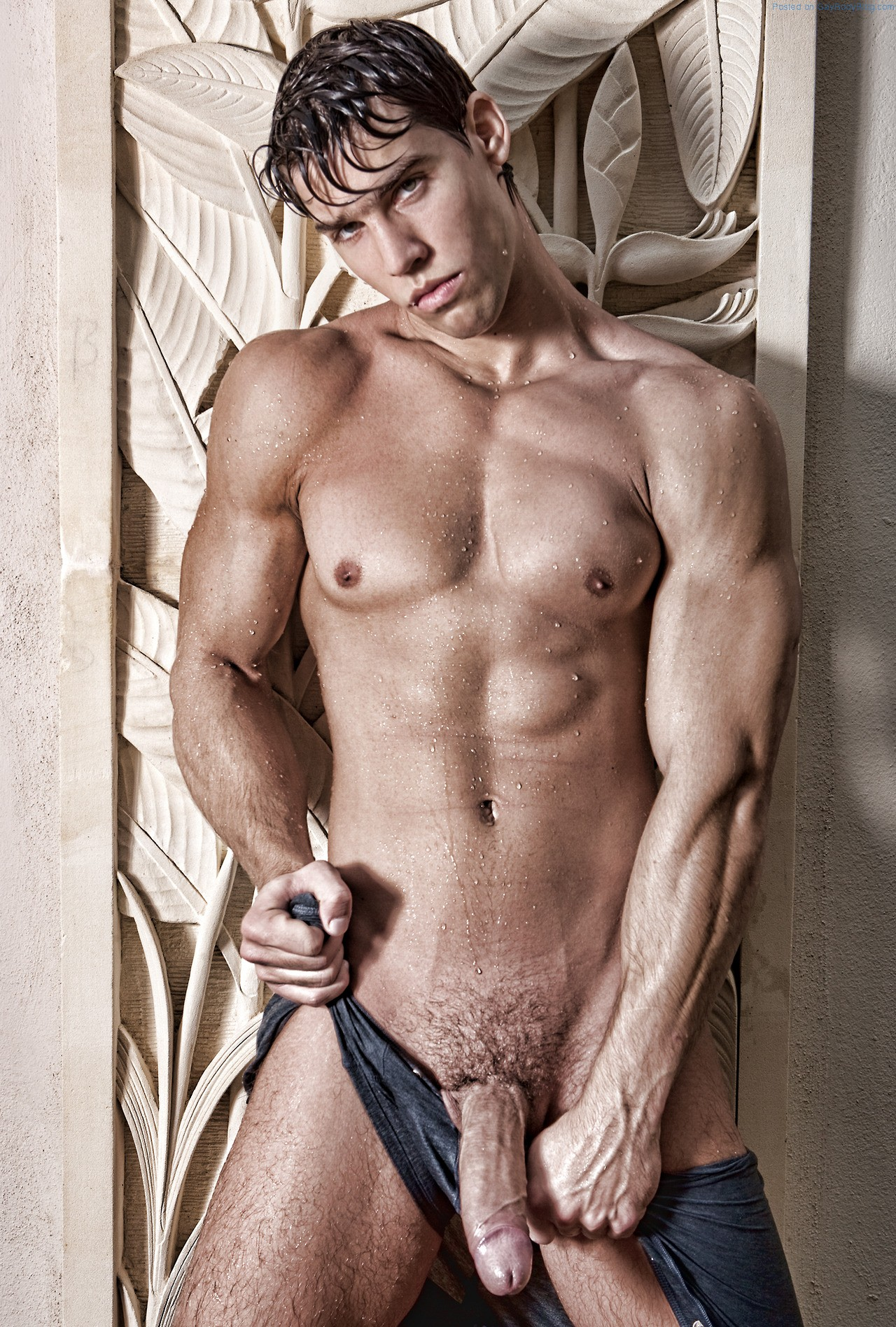 naked Kris evans