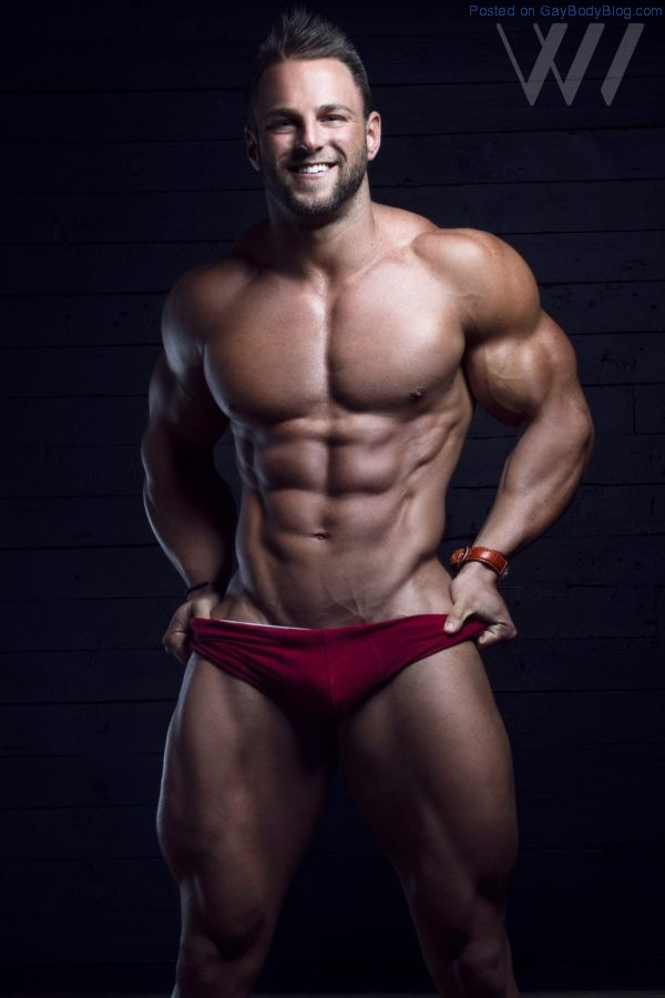 Muscle Hunk Eric Janicki By Eric Wainwright 1