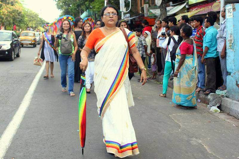The mother of a transgender person walks in Kolkata Pride 2013 (Photo by Kaustav Manna)