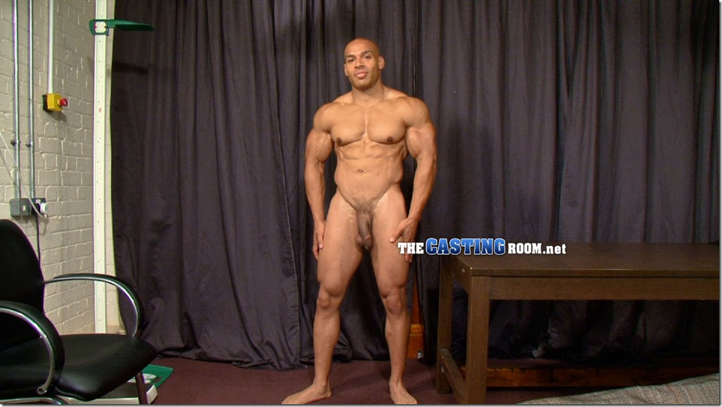 bodybuilder and powerlifter naked (5)