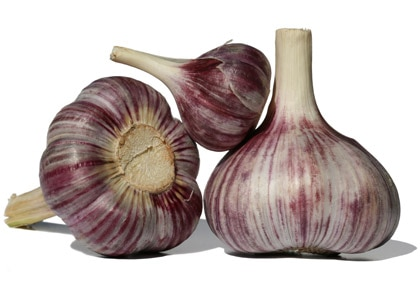 Garlic contains anti-inflammatory enzymes that reduce the symptoms associated with a host of inflammatory conditions