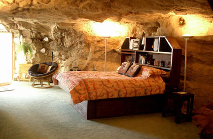 The bedroom at Kokopelli's Cave in Farmington, New Mexico