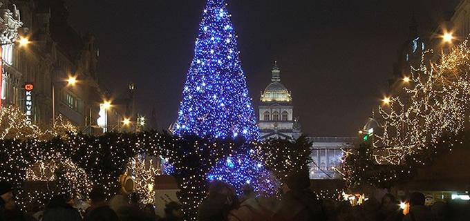 Prague Christmas Market.Prague Gay Christmas Markets 2019 Is A Must Do This Christmas