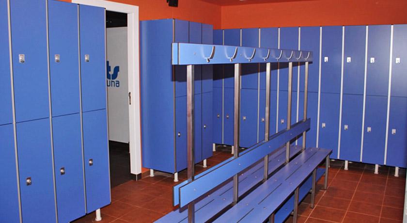 Parrots Sauna Sitges