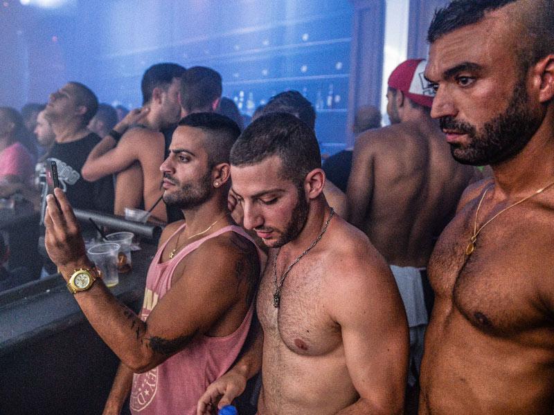 gay bareback pay per