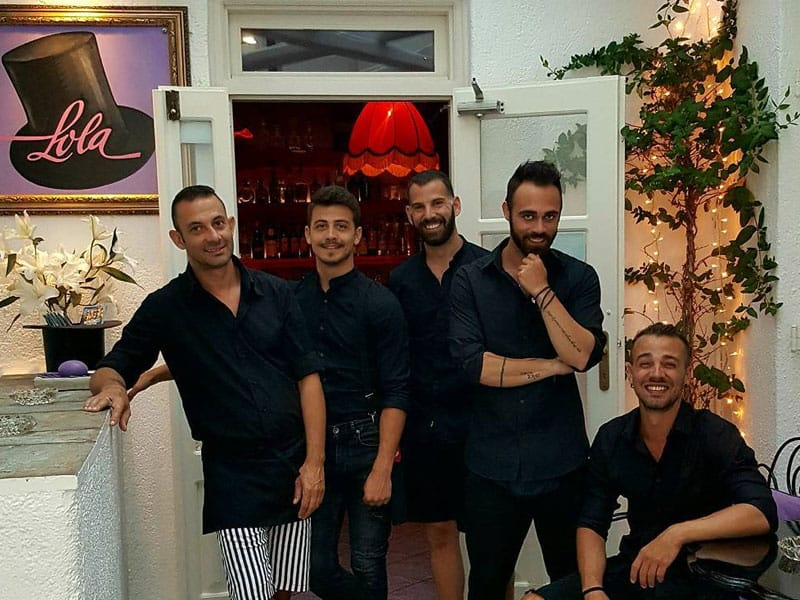 Lolas Bar Mykonos