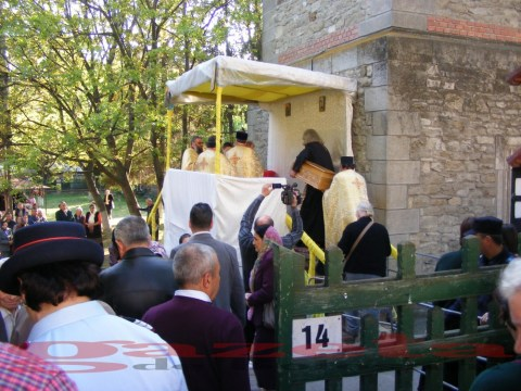moaste-sf gheorghe-biserica-slujba-preoti (16)