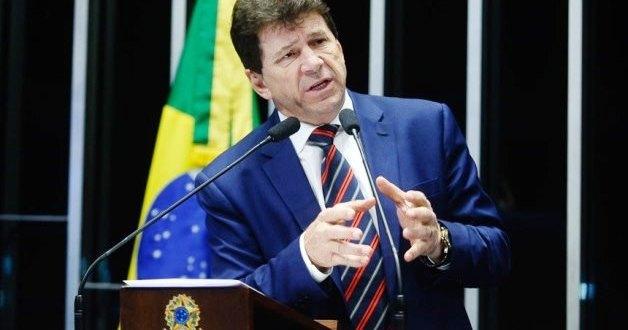 """""""Dinheiro podre, foi usado pelo PMDB em 2014"""", diz Cassol na tribuna do Senado Federal"""
