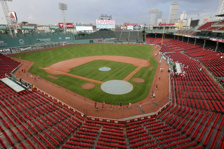 Bostons new home run Marathon held inside Fenway Park