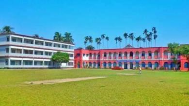 Photo of পশ্চিমবঙ্গের শীতলকুচিতে বুথের বাইরে গুলিতে নিহত ৪