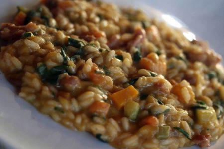 Panissa piemontese la vera ricetta con fagioli riso e salame
