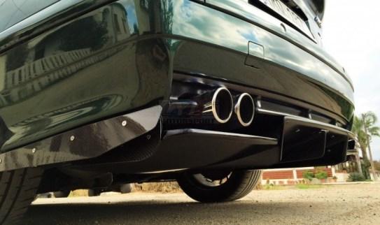 Che ne dite di uno stupendo diffusore in fibra di carbonio per BMW E30? 899 Euro