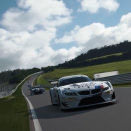 BMW Z4 Gran Turismo su quello che sembra la Nord Schleife
