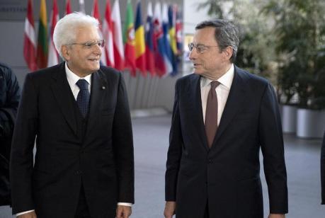 Mattarella, Macron e Merkel per il cambio della guardia alla