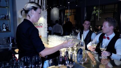 Perrier Jouet presenta il suo Blanc de Blancs da Filippo a Pietrasanta