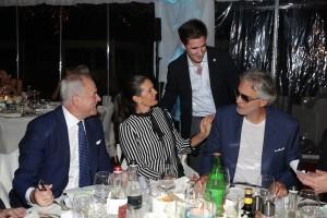 Roberto Castagner, Veronica e Andrea Bocelli salutano Andrea Angelucci